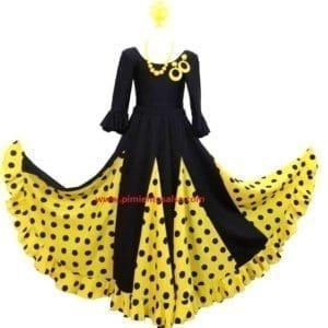 Flamenco skirt girl