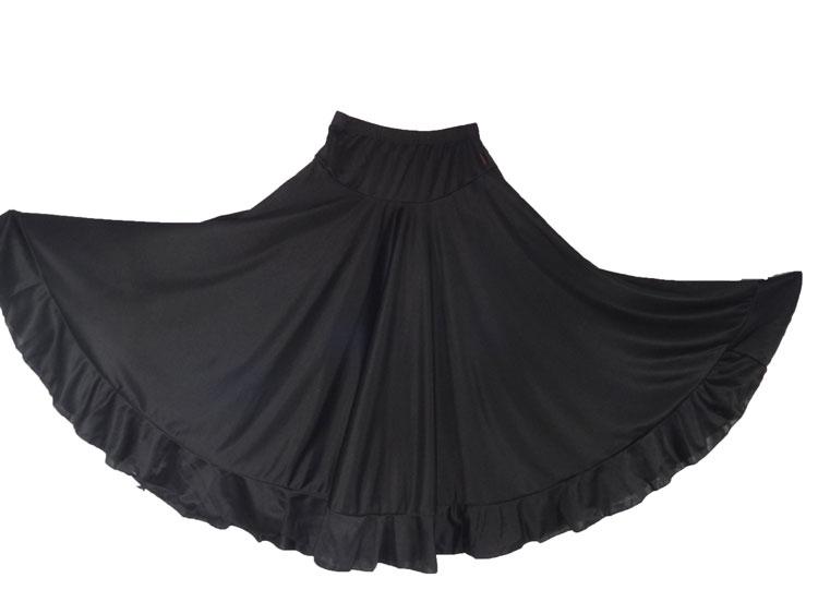 Flamenco skirt to dancing